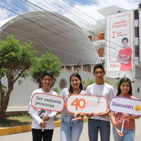 """""""Ser Mejores Personas"""" en Trilce Huancayo"""